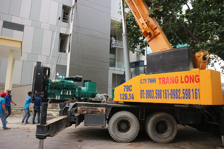 Dịch vụ cẩu hàng tại Nha Trang